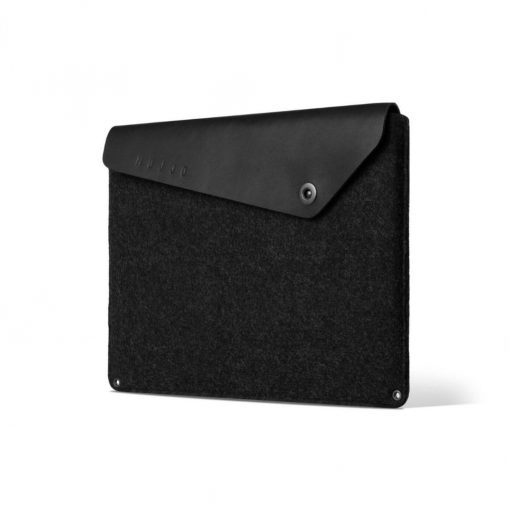Mujjo Sleeve 16&Quot; - Premium Sleeve For The Macbook Pro 16&Quot; With Details Of Genuine Leather - Black Svart/Svart