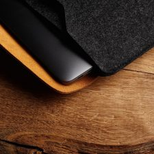 Mujjo Sleeve 16? - Premium Sleeve For The New Macbook Pro 16&Quot; With Details Of Genuine Leather - Black/Tan Black